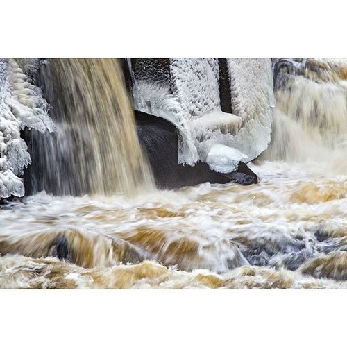 Kvarnbyforsen Kvarnbyn Mölndal Ice Waterfoam Waterfall Water Nature Naturephotography Ig_worldclub Ig_photooftheday IGDaily Igers Igersoftheday Canonphotography Canon_photos Canon Canon6d Vattenfall Longexposhots Longexposure Longexpo Rsa_nature _rsa_nature Our Best Pics