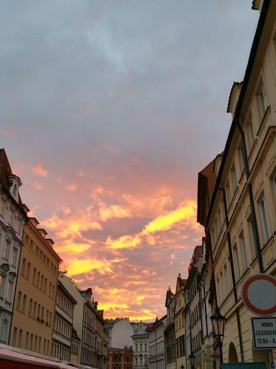 Un ciel de feu a Prague Ciel Coucher Soleil