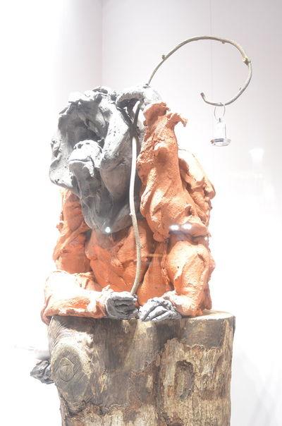 クリスマスディスプレイ巡りした中で一番のお気に入り♬ガラスの写り込みを面白がってたけどこういう場合は偏光付けた方がいいんだなと今更に勉強になった。 Looking Up Orangutan One Animal Animal Statue Animal Themes Animal Portrait Light Up Your Life Capture The Moment Getting Inspired From My Point Of View Window Display Window Display Photography Hello World Taking Photos My Favourite Photo Lights Light And Shadow Textured  Ginza At Night Nikon AI 28 F/2.8S New Lens Test Shot EyeEm Best Shots No Edit/no Filter