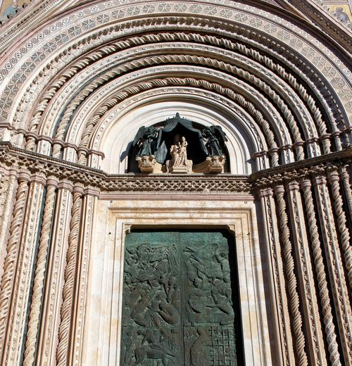 Orvieto, Italy Travel Travel Photography Traveling Animal Themes Arch Architecture Building Exterior Built Structure Day History Italian Italy Low Angle View Mammal No People Orvieto Outdoors Sculpture Statue Travel Destinations