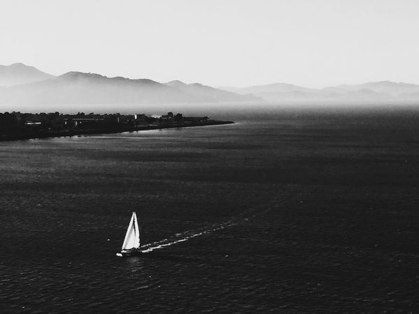 Classic black & white never goes out of style! IPhoneography Landscape Blackandwhite VSCO San Francisco