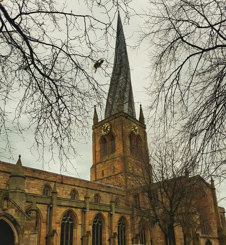 Chesterfield Crooked Spire Church Spire  Better Look Twice Church Spire Crooked Spire The Crooked Spire Church Steeple Samsung Galaxy S5 English Church Chesterfield Street Photography