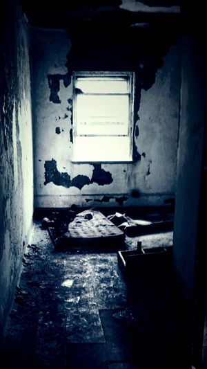 Affordable room for rent. Scary Abandonned Nuthouse Room Haunted Creepy Asylum