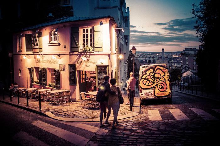 Scene from Montmartre, Paris. Blue Hour Couple France Montmartre Paris Pink Romantic Architecture City City Life Lifestyles People Restaraunt Street Urban