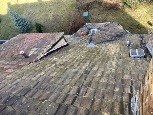 Roof High Angle View Day Outdoors No People