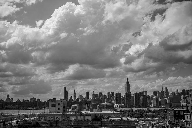 Cloud - Sky Sky Architecture Built Structure Outdoors New York New York City Manhattan Manhattan Skyline Aerial View Brooklyn Bridge / New York Manhattan Bridge Williamsburg High Quality Subway Hudson River DUMBO Dumbo Brooklyn Brooklyn Nyc Brooklyn NYC Photography NYC Street Photography