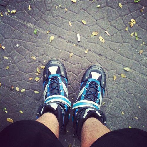 G-morning! Iphonesia Rollerskate
