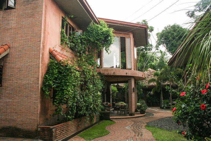 Architecture Building Exterior Built Structure Clear Sky Day Diminishing Perspective Exterior Footpath Green Color Growth House Lawn Long Narrow No People Outdoors Outside Philippines Plant Residential Building Residential Structure Sky The Way Forward Tree
