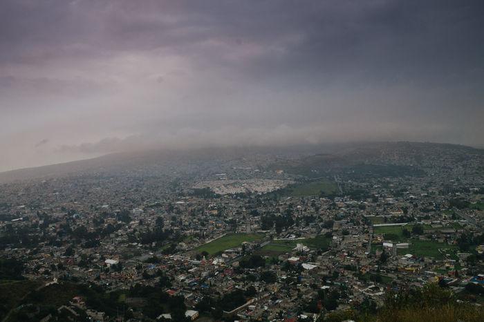 Landscape Skyscape Topoftheworld Panoramic Cityscapes Traveling Nature se ve genial la vista, como se van perdiendo las casas con la lejanía del horizonte.