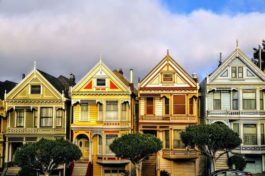 san Francisco casas Sanfrancisco Painted Ladies San Francisco Painted Ladies EEUU  Sanfranciscocalifornia Iconic Famous Place City Politics And Government Sky Architecture Building Exterior Cloud - Sky