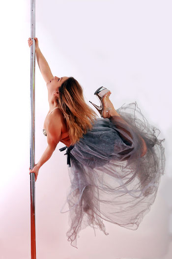 Pole Pole Poledance Pole Dancing Polefitness Pole Dance Poledancing Poledancer Pole Dancer Portrait Portraits Portraitmaffia Fit Fitness Fitgirl Fitnessmodel Sziszipolefit Pécs Chrome Cromepole Chromebunny Skirt Fly Jump Polejump Check This Out