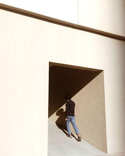 //keep my head afloat One Person Architecture Shadow Minimalism Minimal Dubai The Week On EyeEm Editor's Picks The Creative - 2018 EyeEm Awards