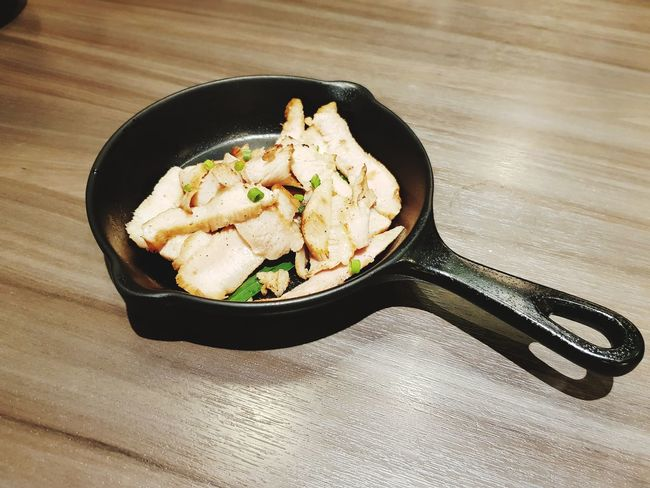 grilled pork Grilled Pork EyeEm Selects Vegetable Close-up Food And Drink Frying Pan Pan Cooking Pan Cast Iron Fried