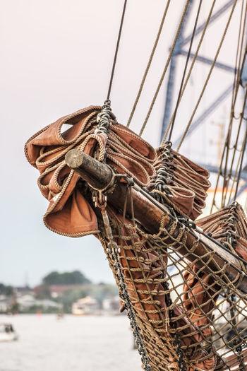 Die Schönheit Des Nordens Die Stadt Am Meer Hanse Sail Hansestadt Hansestadt Rostock Marítim Norddeutschland Rostock Rostocker Ansichten Sailing Sailing Boat