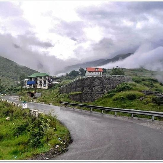 Nagar Manali HP Beas left bank Trip Royalenfield Re Rain Adam  day 2013 Happiness