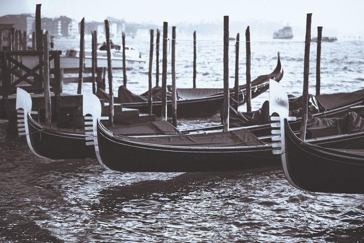 Gondola's Black & White Black And White Blackandwhite City Gondola - Traditional Boat Nautical Vessel No People Outdoors Travel Destinations Venezia Venice Venice, Italy Venise Water