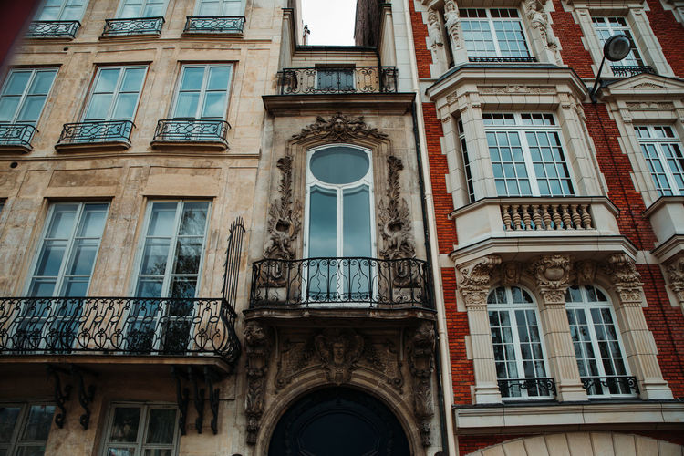 Paris France Paris France Paris ❤ Built Structure Window Architecture Building Exterior Building Low Angle View No People Day Arch City Residential District Old Glass - Material Outdoors History Full Frame The Past Façade Sky Balcony Apartment