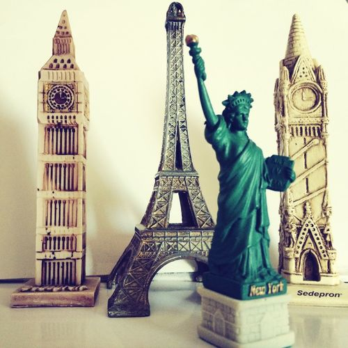 Around The World New York Paris Ingland <3