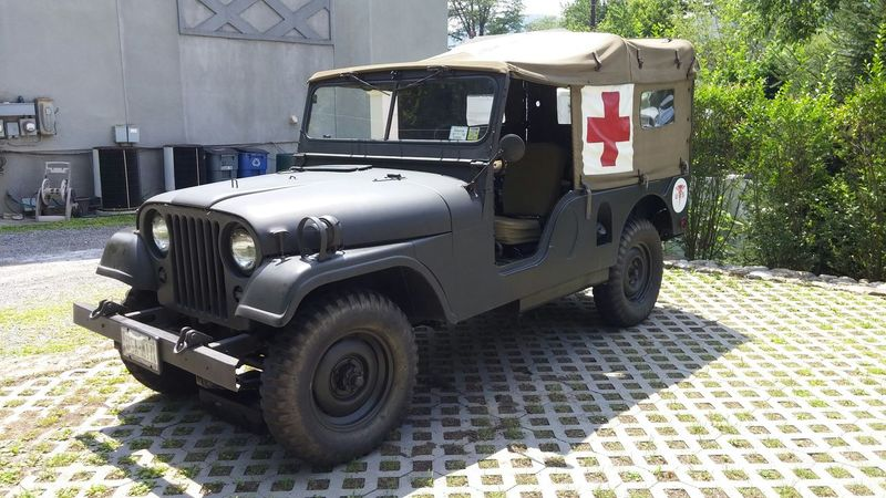 Cold Spring Red Cross Us Military Military Style Armed Forces This Red Cross Jeep runs and is in its Original state. Owner has kept this in great condition... Happy Veterian's Week !! I Salute you and Thank you all For Your Services...