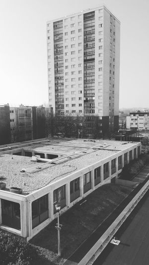 Black White Architecture City France 🇫🇷 VSCO Urban Black White Le Mans Legends Classique  Built Structure Building Exterior Day Business Finance And Industry No People Skyscraper Sky Outdoors Urban Skyline Cityscape