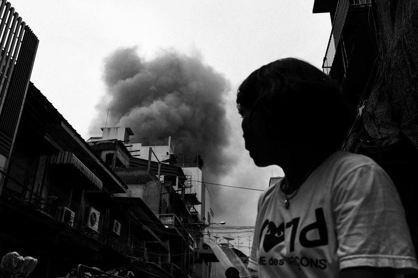 Accident Black And White Everybodystreet Fire Outdoor Smoke Streetphoto_bw Streetphotography Streetstyle The Street Photographer - 2017 EyeEm Awards