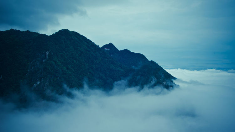 Beauty In Nature Blue Cloud Cloudy Documentary Photography Fog Foggy Lushan Mountains Nature Outdoors Photography Scenics Sky Traveling