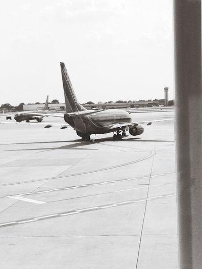 Ahh flight Black And White Air Plane