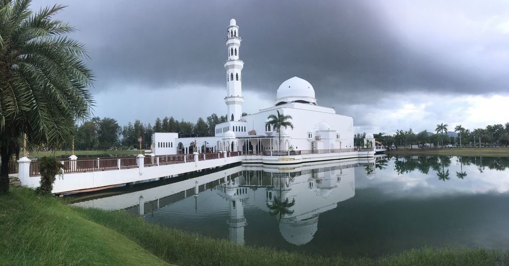 Tree Architecture Reflection Built Structure Building Exterior Sky Water No People Outdoors Dome Day Nature Mosque Muslim Malaysia Terengganu Floating On Water Tourism Travel Destinations