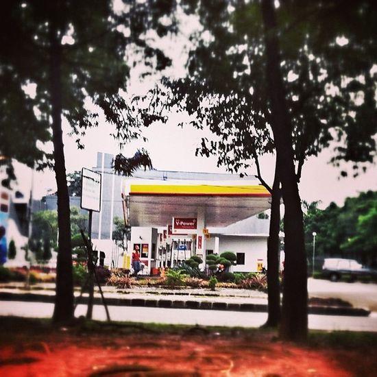 Shell Spbu Gasstation Jakarta tebet streetphotography justshoot