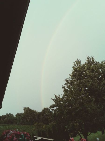 Creative Light And Shadow Raindrops Rainbow
