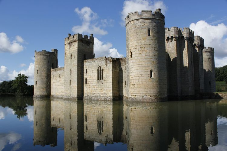 The beauty of historical workmanship of Bodiam Castle in England, UK Bodiam Castle Castle England, UK Historical Building Travel Travel Photography Ancient Architecture Building Exterior Built Structure Cloud - Sky Day Defense Fortification History Lake Medieval Castle Moat Nature No People Outdoors Reflection Sky Travel Destinations Water
