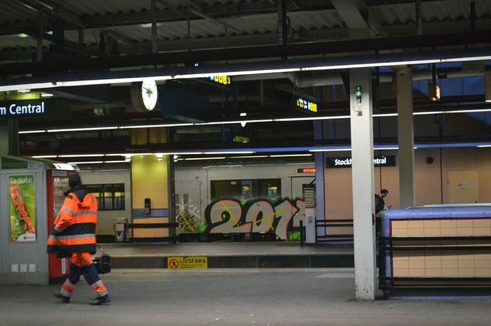 Subway Railway Subway Station Railwaystation Working Cloths Railway Station Underground Workman Work Man Work Orange Worker Billboard Billboards Blue Train Graffiti Graffiti Art Urban Art Art ArtWork Art Work Stockholm Sweden First Eyeem Photo