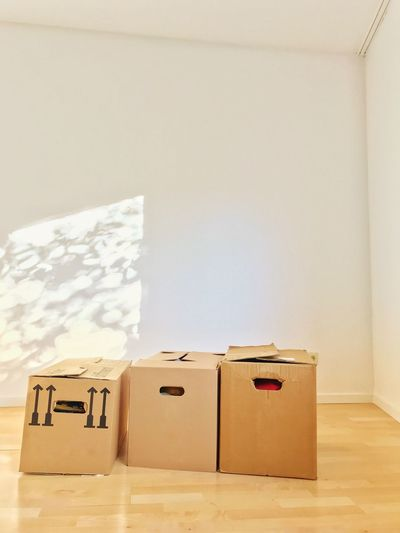 Moving Box Moving House Moving Box Indoors  Cardboard Box Cardboard No People Technology Copy Space Container Wall - Building Feature Package Box - Container