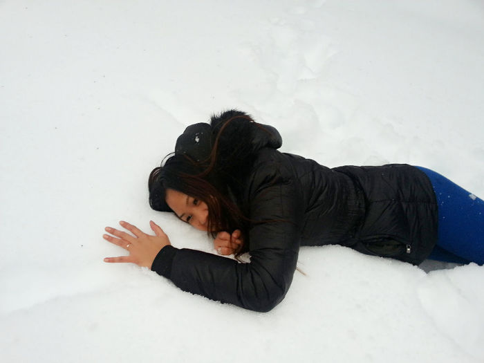 Playing In The Snow Snow Day Simple Life Live With No Regrets.