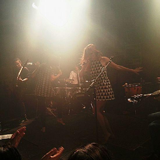 A IndieNation edição mais que especial trouxe dessa vez pra dividir o palco no @orbitabar com a Vancouver a banda francesa Nouvellevague . Indie Indierock rock music show