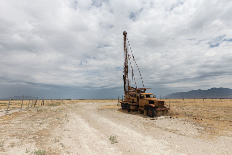Abandoned Utah Old Truck Rust Rusty Oil Pump Drilling Rig Oil Well Oil Industry Industry Technology Mining