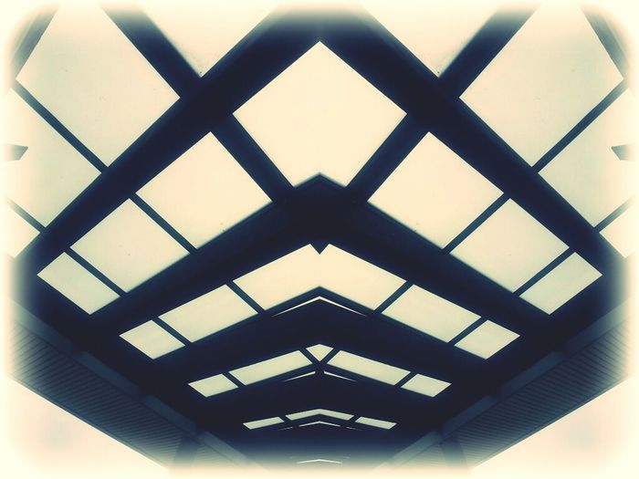 When I look up, the Al Geometric Abstraction comes to me