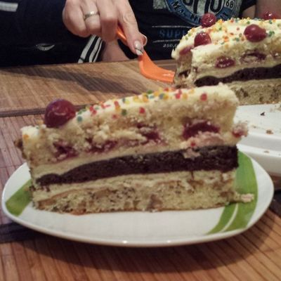 Cake Love Liebe Kuchen kirschen kirschtorte cherry crem melsons backing skills love tasty lecker himmlischer kuchen schoko schuchten konfetti backen i love it konditir meister yeeees nothing better than this ?