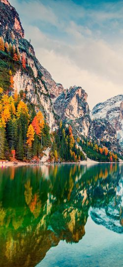 🌊🌊🌊 Water Sky Beauty In Nature Lake Reflection Nature Mountain Tranquility Waterfront Autumn No People