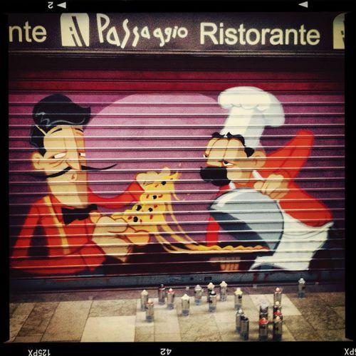 Street Art Orléans Oscar Motus