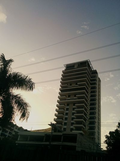 Photo Of The Day Sunset Buildings EESDRD1 Walking Around Taking Photos Sunset Silhouettes Eye4photography  By Sunlight Amazing Architecture
