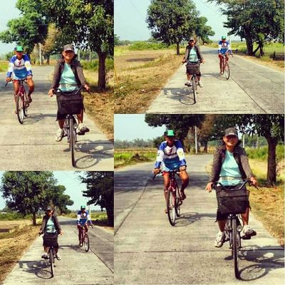 Jogging or biking, these lovebirds are inseparable. ;) 100happydaysJLR 100happydays Day12