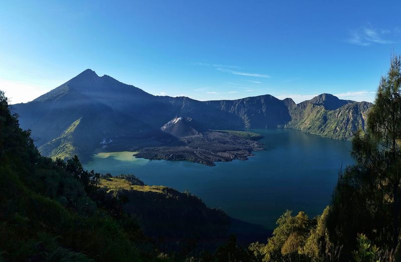 Volcanoes Volcano Lake Volcanolandscape Volcanocrater Nature Photography Nature_perfection Nature Beauty Sky And Clouds Amazingindonesia Lombok Island Lombok Mountains And Sky Hiking Rinjanimountain Lake View Above The Clouds Beuty Of Nature Worldthroughmyeyes Volcanopassion