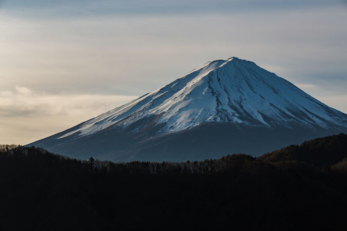 Shot of Mt.Fuji in Closeup. Beautiful Cap Close-up Clounds  Fuji Landscape Like4like Likeforlike Mountain Mountain Peak Mountains And Sky Nature Photography Snow Tallest Top Volcán Winter