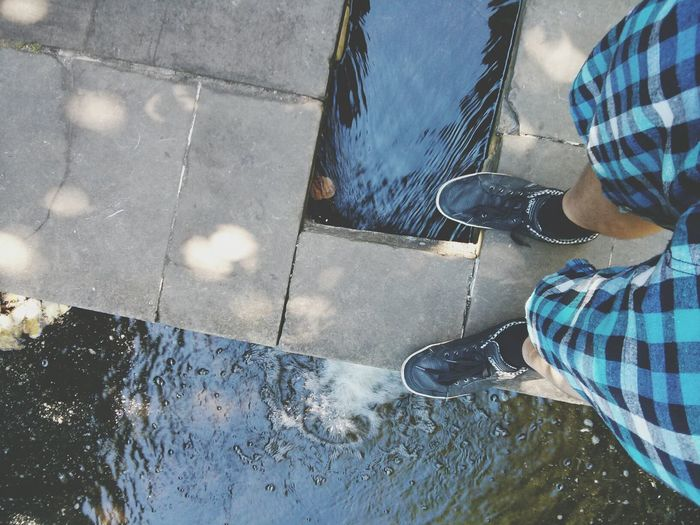 Hi there, water. It's me, Michał. From Where I Stand Steph Filter Water Legs