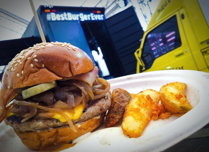 Burger Time Juicy Delicious ♡ Beef Burger Lunch Time! Enjoy Eating Tasty ! Authentic Burger Truck Food