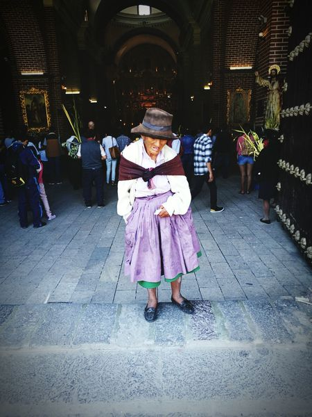 Domingo de Ramos en la Catedral de Ayacucho ...... Cultures Adult People Church Easter Holy Week Tradition Peru Peruvian Trip Tourism Ayacucho Perú Ayacucho  Ayacucho 2017 Resist