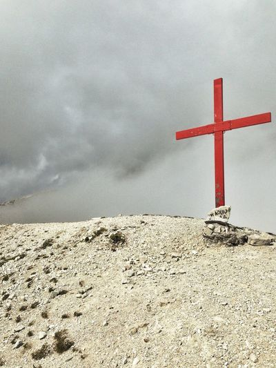 Monte Aquila, 2498m high. Hiking Abruzzo