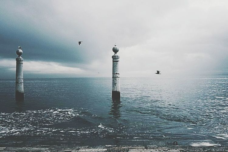 Monochrome Photography Cloud - Sky Outdoors Tranquility No People Water Horizontal Sky Scenics Dramatic Sky Horizon Over Water Beauty In Nature Nature Cais Das Colunas Lisboa Portugal Lisbonlovers