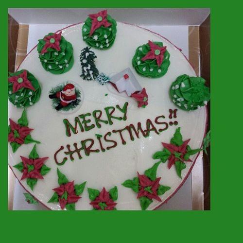 tedeeeennnnnn......Merry Christmas!!! Icecreamcake  B &r Baskins